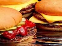 Столичная прокуратура займется заведениями быстрого питания