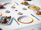 Дизайнеры специально разработали стол для пикника в ветреную погоду