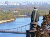 Когда патриотам нечем заняться, они требуют что-нибудь переименовать. Именно такой случай произошел в Киеве