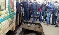 Чиновники как всегда не при делах. В обвале платформы в Киеве обвинили погоду