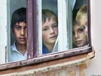 «Свобода», КПУ и Партия регионов объединились ради торговли украинскими сиротами, а ключевой свидетель Генпрокуратуры дал показания по «делу Щербаня». Картина дня (15 мая 2013)