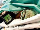 Фанатка крикета во время операции отказалась от наркоза, чтоб посмотреть очередной матч