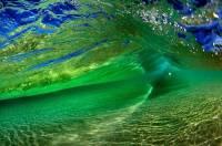 Удивительные Гавайи... Сразу даже невозможно догадаться, что это — океанские волны