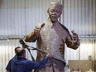 В Международный день Нельсона Манделы 95-летнему виновнику торжества стало лучше