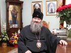 Владыка Павел показал свои ветхие хоромы в Киево-Печерской Лавре