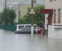 Ночной ураган оставил Волынь и Прикарпатье без света. 44 населенных пункта сидят при свечах