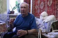 В центре Киева голодает пенсионер, квартиру которого затопил известный тенор