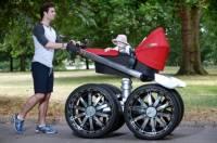 О такой детской коляске втайне мечтал каждый мужик. Что ж, мечты сбылись
