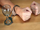 Ученые установили, что алкоголизм и обжорство передаются по наследству