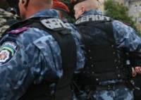 Вслед за Януковичем к парламенту подтянулись спецназовцы и автозаки