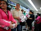 Выпуск туалетной бумаги в Венесуэле будут контролировать военные. Лишь бы проклятым либералам не досталась