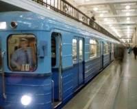 Сегодня утренняя давка в столичном метро закончилась падением пассажира на рельсы