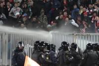 «Мясо», как оно есть. Фанаты «Спартака» устроили во всех смыслах зажигательное побоище на стадионе