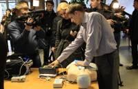 Минздрав устроил выставку новых «скорых» и оборудования