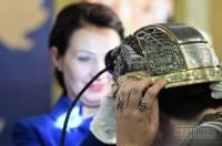 В Украине из чистого серебра создали шахтерскую каску и украсили ее черными бриллиантами