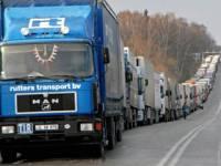 На границе — снова пробки из грузовиков. На этот раз — на границе с Белоруссией