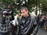 Титушко решил податься в репортеры. Не иначе, как скандал с избиением журналистов так на него повлиял