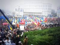 Один день из жизни столичного Евромайдана. Фоторепортаж с места событий