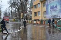 Проливные дожди затопили улицы и дома под Киевом