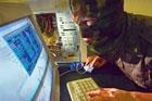 Хакеры вышли на тропу войны. Взломаны аккаунты видных политиков и сайт «Цензор»