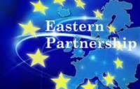 В Европе напечатали текст Соглашения, на Майдане написали письмо Януковичу. Жаль, что это никому не нужно. Картина дня (27 ноября 2013)