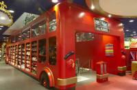 В Лондоне открылся магазин игрушек, в котором даже взрослые почувствуют себя детьми