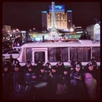 Свежие фото с Евромайдана. Людей разделили, кругом милиция
