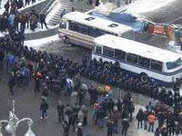 Евромайдан отправляет мужчин на Лютеранскую, чтобы остановить «Беркут»