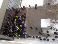 Столичная милиция в своем стиле. Оказывается, здание представительства ЕС в Украине никто не блокирует