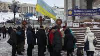 Сводки с Майдана: обстановка спокойная, люди греются, долбя лед