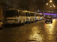 В Киеве - большое скопление автобусов с приезжими