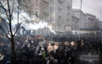 Корчинский сбежал на границу, а у его соратников из «Братства» изымают взрывчатку и планы провокаций