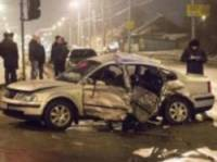 В Виннице водитель на крутом внедорожнике протаранил две машины и сбежал. Погибла женщина