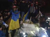 По случаю Дня Святого Николая майданы в Киеве решили побрататься и пообниматься