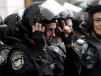 С утра на Майдане тревожно: слетелась стая «Беркута» и заблокировала проход на Европейскую площадь