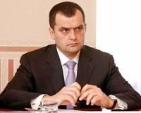 В честь Дня милиции в кабинет к Захарченко ворвалась толпа разгоряченных женщин. От оппозиции