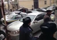 Заставь дурака Богу молиться… Из-за молебна с Януковичем милиция заперла киевлян в собственных домах