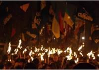 Народ обратился к Януковичу, Евромайдан воюет с ГАИ, «свободовцы» жгли и были избиты. Картина новогодних выходных (1-4 января 2014)