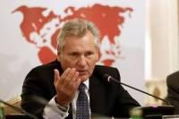Квасьневский пугает нерешительных дипломатов ЕС волной беженцев из Украины