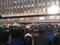 В Черкассах, Сумах и Запорожье проходят многотысячные митинги в поддержку Евромайдана