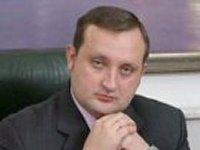 Исполнять обязанности Азарова пока будет Арбузов