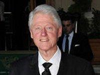 Клинтон выразил поддержку «отважным украинцам, которые требуют настоящей демократии»
