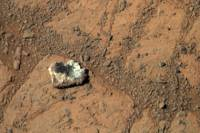 Пораскинув мозгами, ученые объяснили феномен марсианского «блуждающего камня»
