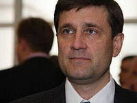 Донецкий губернатор не верит, что смена правительства реально что-то изменит в Украине