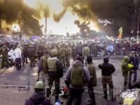 Митингующие вернулись на Грушевского и снова заняли Украинский дом
