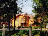 В резиденции Януковича в Сухолучье тишь, красота и много-много диких кабанов
