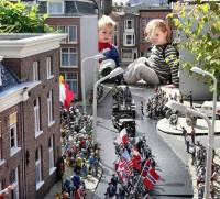 И как после этого не поверить в сказку? В Нидерландах создали парк, в котором даже дети... чувствуют себя великанами