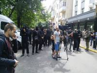 У Генпрокуратуры отставки киевского прокурора требуют представители Майдана, «Правого сектора» и странные люди в черном