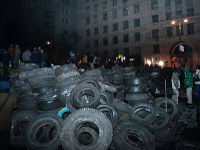 Парубий: На 5-й баррикаде на Городецкого мы нашли две боевые растяжки. Дети могли подойти, могли играть, и оно могло взорваться