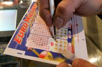 Предприимчивый турок умудрился отсудить у своего начальника половину от выигранного в лотерею миллиона фунтов